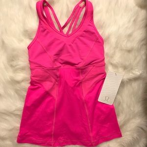 NWT Lululemon Tank-Strap it Like it's Hot size 4